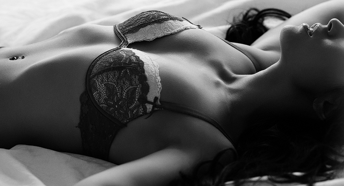 boudoir-photography-by-vancouver-photographer-jennifer-williams-0011