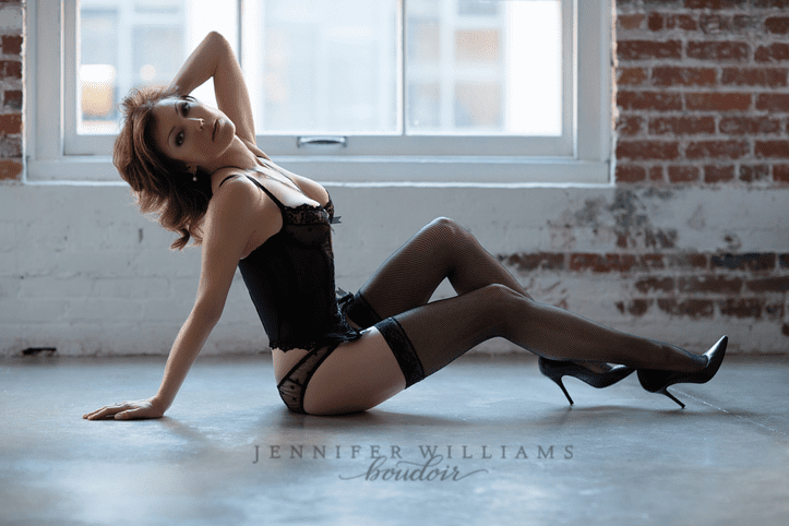 boudoir photography by vancouver boudoir photographer jennifer williams 010