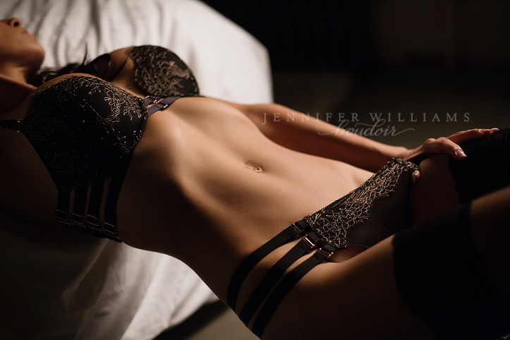 boudoir photography by vancouver photographer jennifer williams 0015