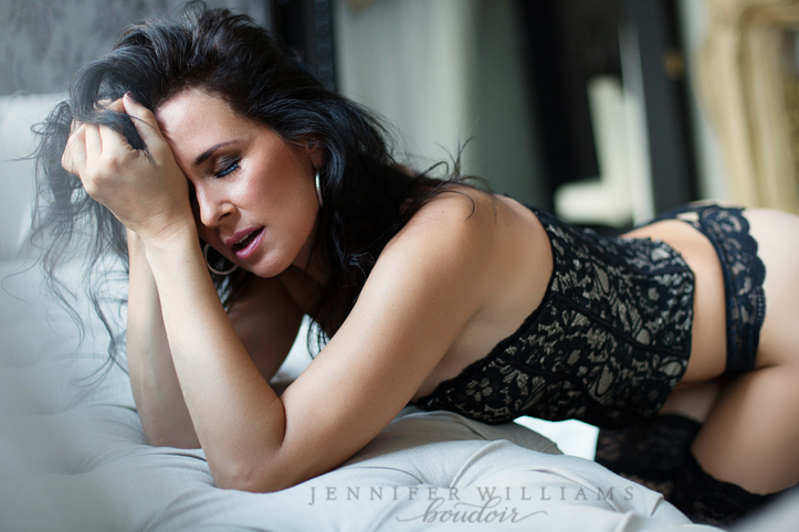 Jennifer Williams boudoir photography 010