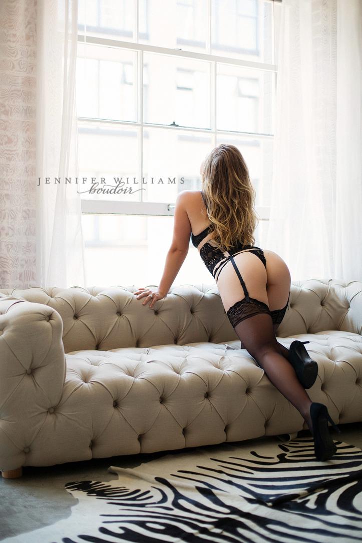 Vancouver boudoir photographer Jennifer Williams 014