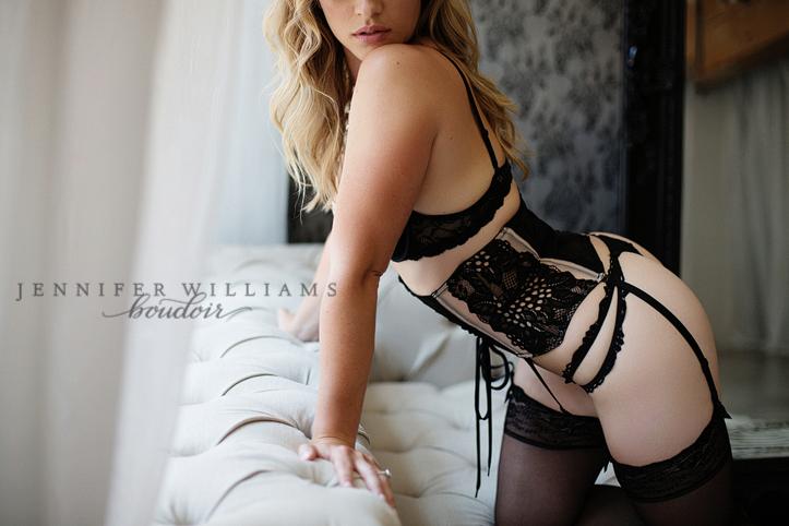 Vancouver boudoir photographer Jennifer Williams 015