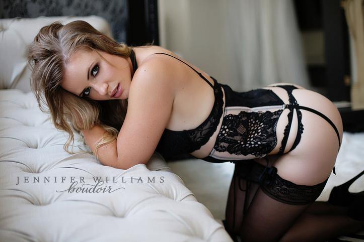 Vancouver boudoir photographer Jennifer Williams 016