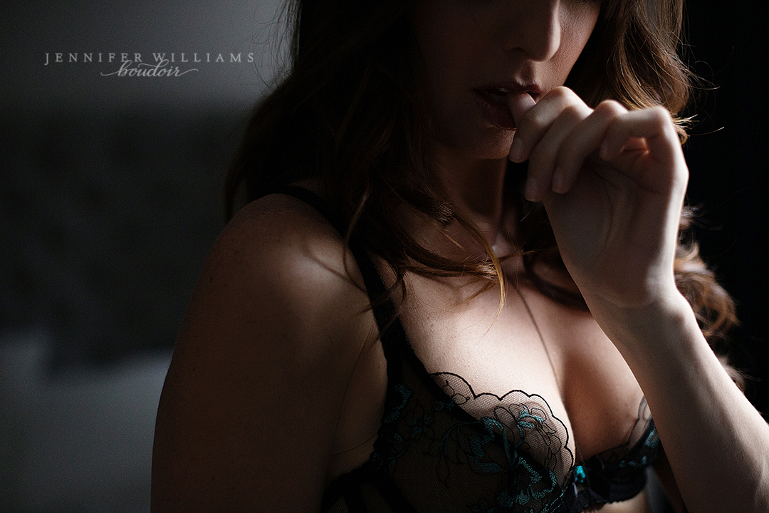 Vancouver Boudoir photographer Jennifer Williams 023