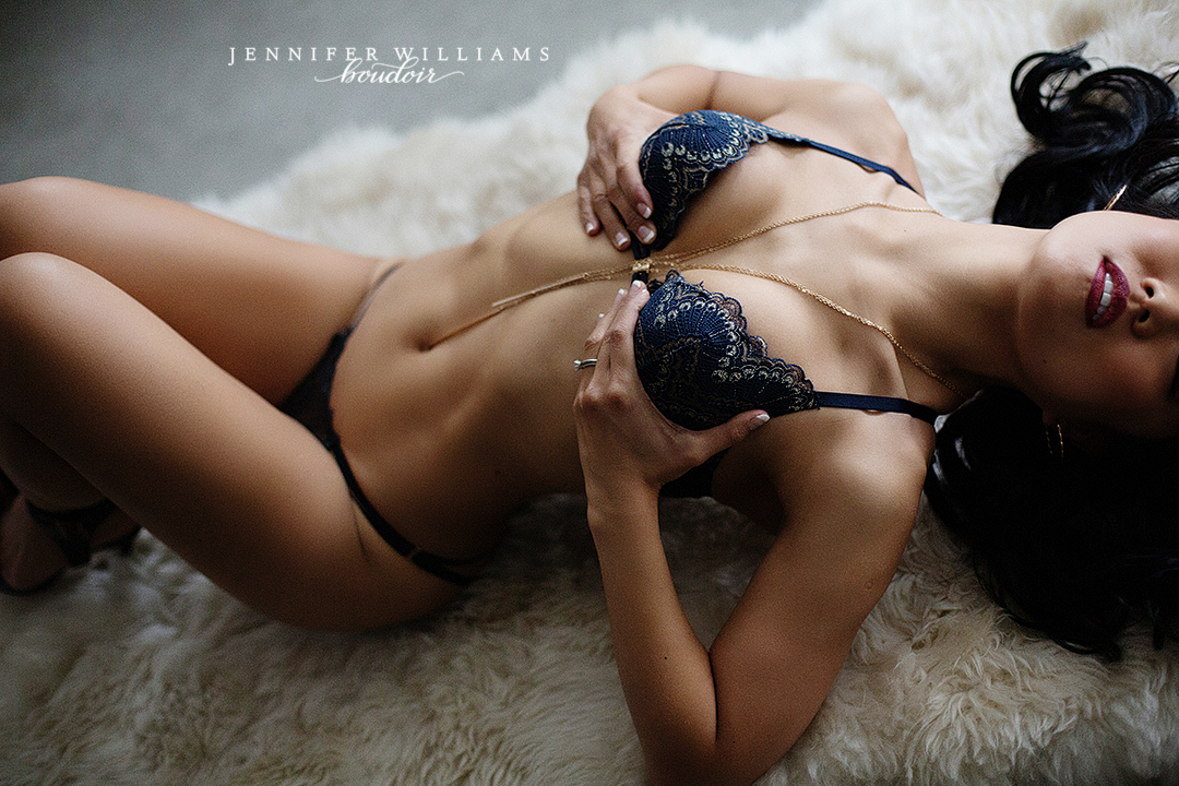 Vancouver Boudoir Photographer Jennifer Williams 007
