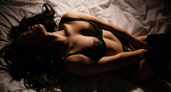 boudoir-photography-by-vancouver-photographer-jennifer-williams-0027