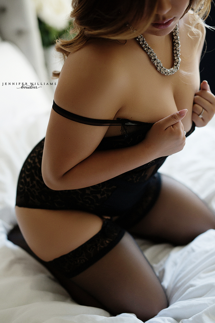 Vancouver-boudoir-photographer-Jennifer-Williams-004