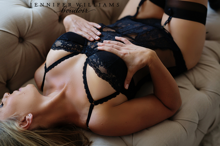 vancouver-boudoir-studio-jennifer-williams-008