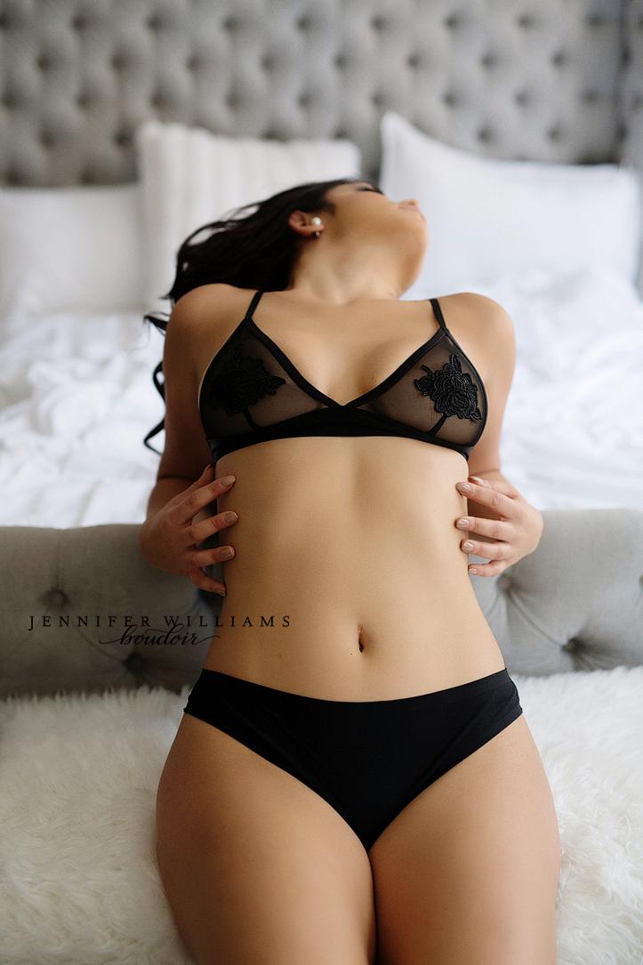 vancouver-boudoir-photographer-jennifer-williams-003a