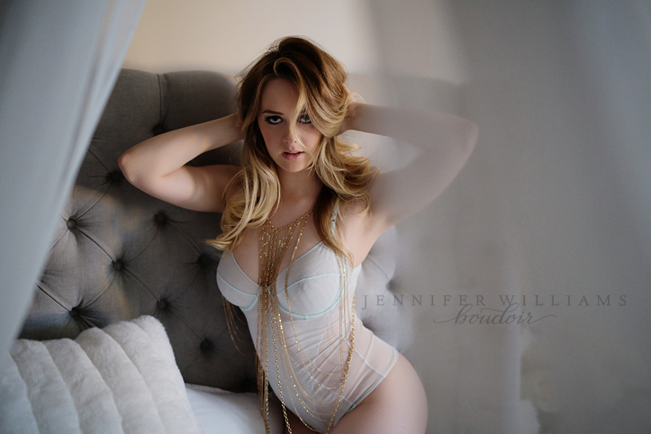 vancouver-boudoir-photographer-jennifer-williams-023