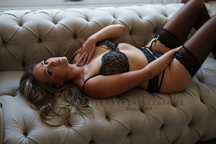 editorial-boudoir-photography-by-vancouver-photographer-jennifer-williams-008