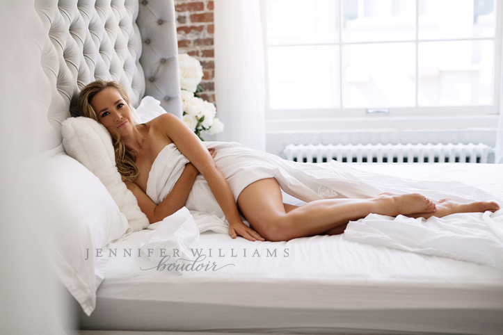 editorial-boudoir-photography-by-vancouver-photographer-jennifer-williams-010