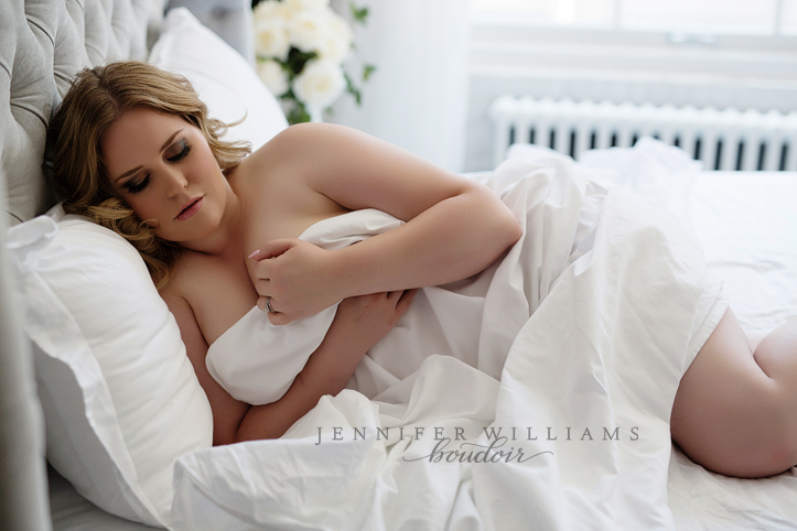 vancouver-boudoir-photography-by-vancouver-photographer-jennifer-williams-016