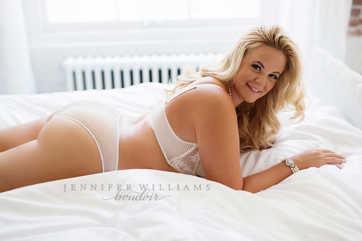 vancouver-boudoir-photographer-jennifer-williams-005