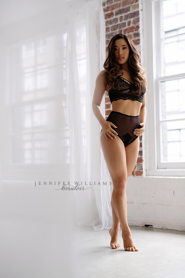 Vancouver Boudoir Photographer Jennifer Williams 018