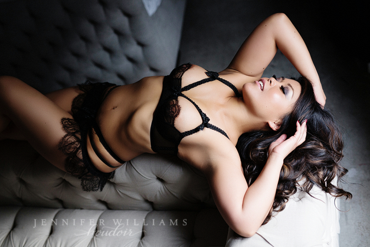 Vancouver boudoir photographer Jennifer Williams 012